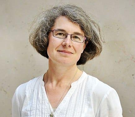 Pour une Eglise synodale : communion, participation et mission  Sœur Nathalie Becquart